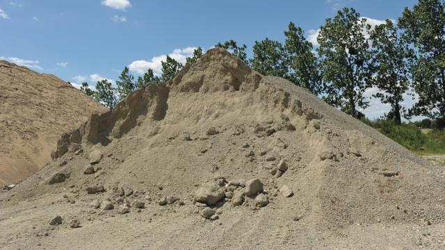 Tas de sable issu de matériaux concassés